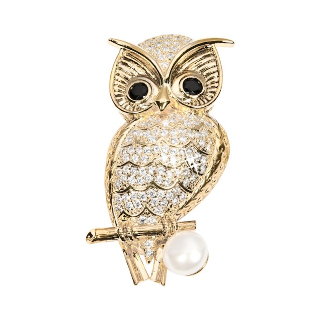 Pearl brooch wise owl gold plated