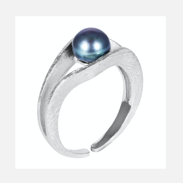 Silver ring with genuine blue pearl