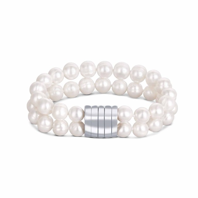 white pearl bracelet with magnetic closure