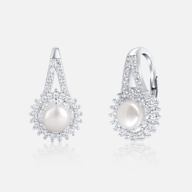 Glittering pearl earrings with secure fastening