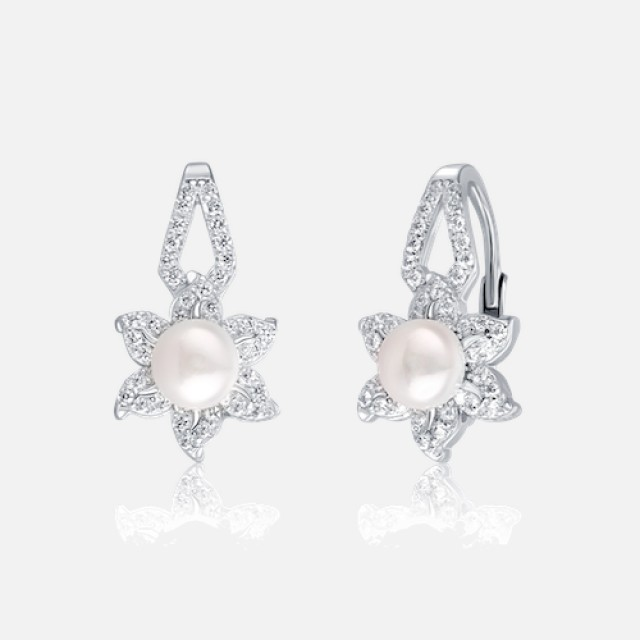 Pearl earrings with zircons and secure fastening